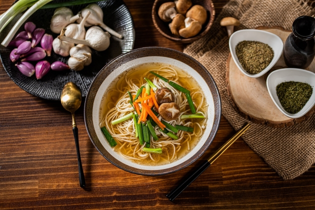 台式蔥蒜湯煲麵 3